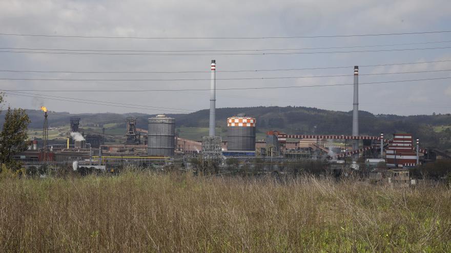El plan para rebajar la luz aborta la subida de ayudas a la industria que exige Asturias
