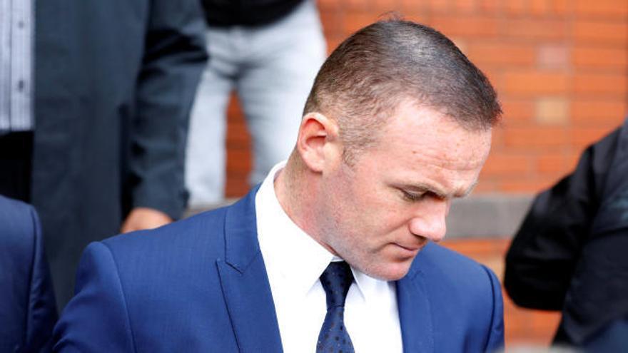 Rooney pierde el carnet dos años por conducir ebrio