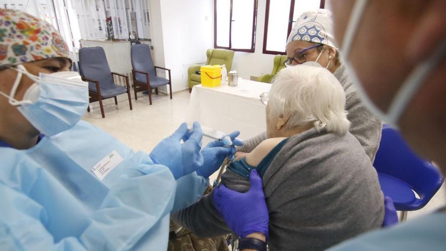 Coronavirus en residencias de Córdoba: Siete casos confirmados y 25 personas en aislamiento
