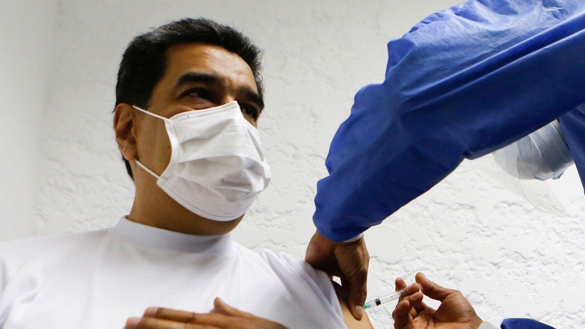 Maduro y Facebook se las tienen por el coronavirus