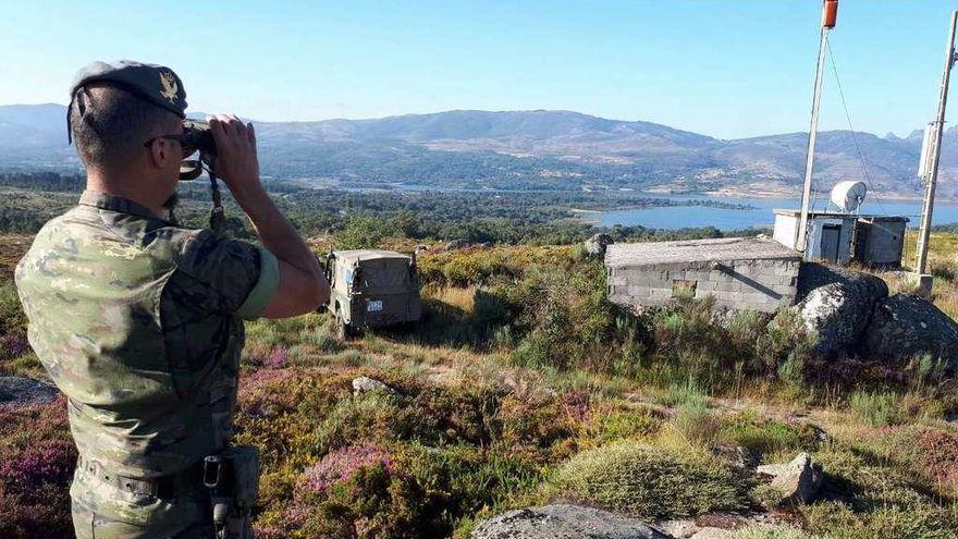 Una treintena de patrullas del Ejército, tres más que en 2020, vigilarán los montes gallegos contra el fuego