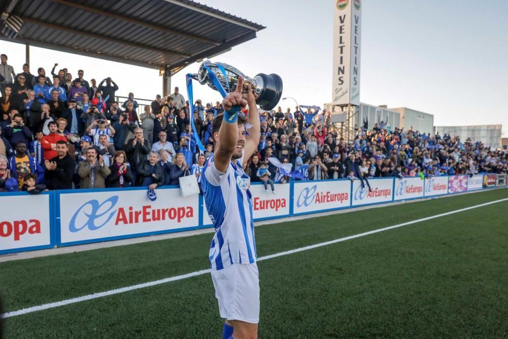 El Baleares alza la Copa
