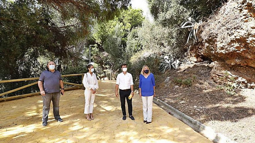 Recuperan dos kilómetros de sendero del Pecho de las Cuevas, en Marbella