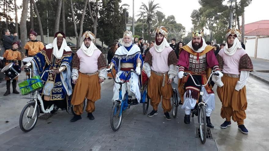 Encuéntrate en la cabalgata de los Reyes Magos de Riba-roja de Túria