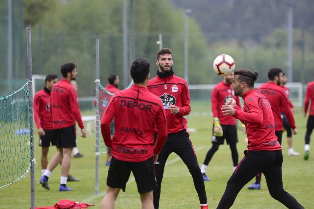 La plantilla regresa a los entrenamientos para preparar el partido contra el Rayo Majadahonda el sábado en el estadio de Riazor.