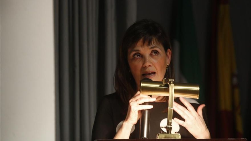 Inmaculada Aguilar ofrece en el Teatro Góngora la conferencia ilustrada 'A compás del baile'