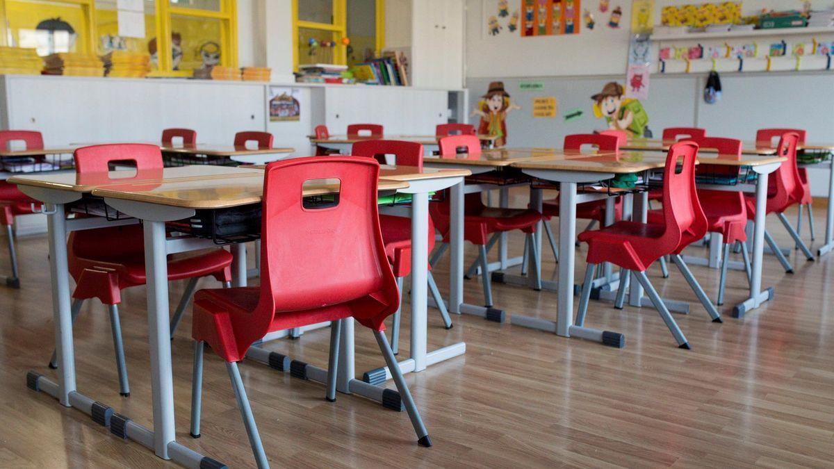 Un aula vacía por covid-19.