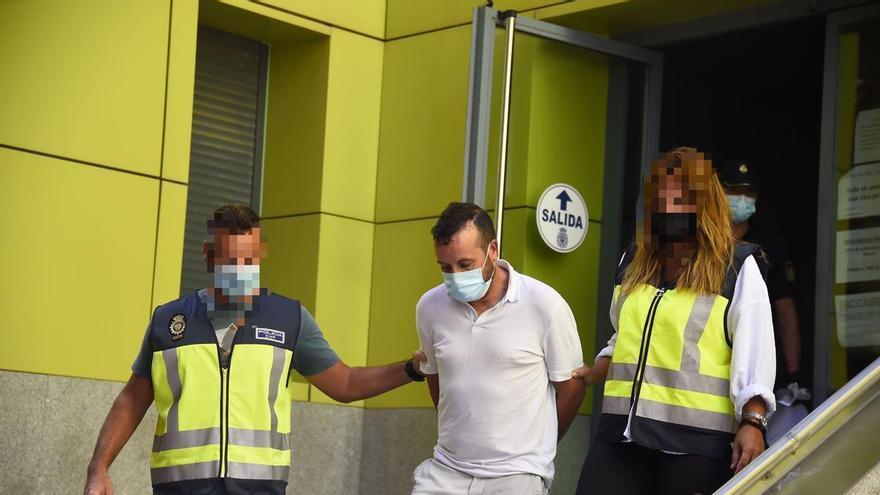Cárcel para el detenido por matar de una cuchillada al hijo de su pareja en Cartagena