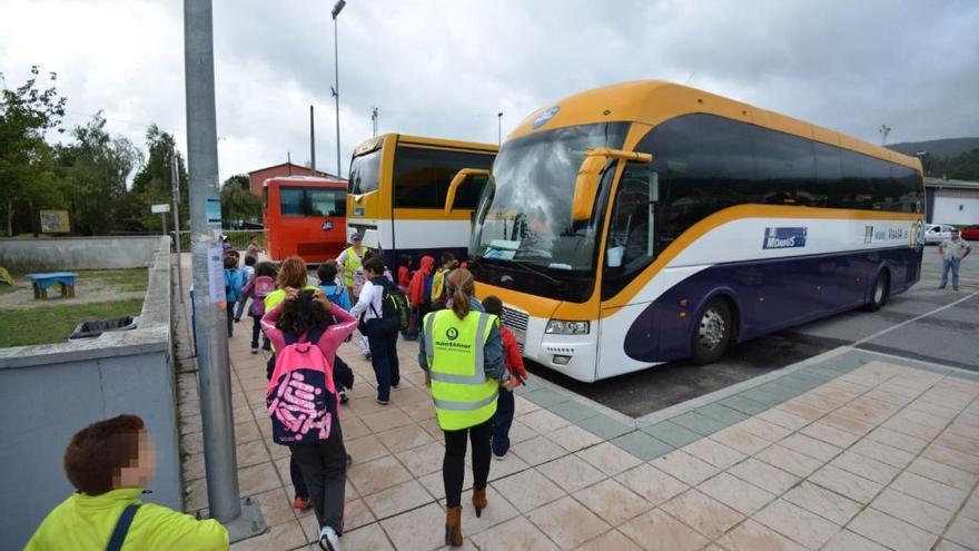 Las familias de Castilla y León tienen 15 días para solicitar ayudas de transporte escolar
