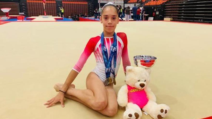Carla Cerezo gana el oro nacional de gimnasia artística