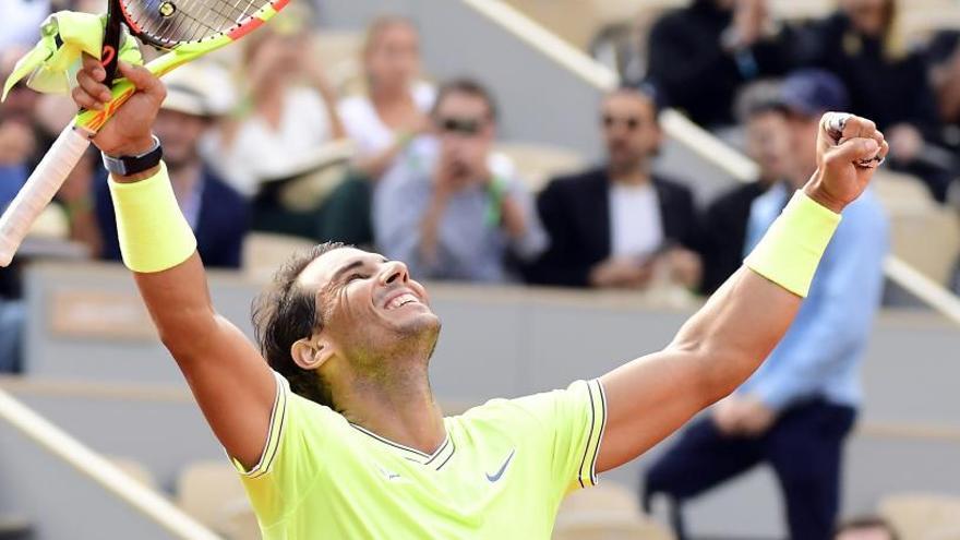Nadal se medirá a Federer en semifinales de Roland Garros tras doblegar a Nishikori