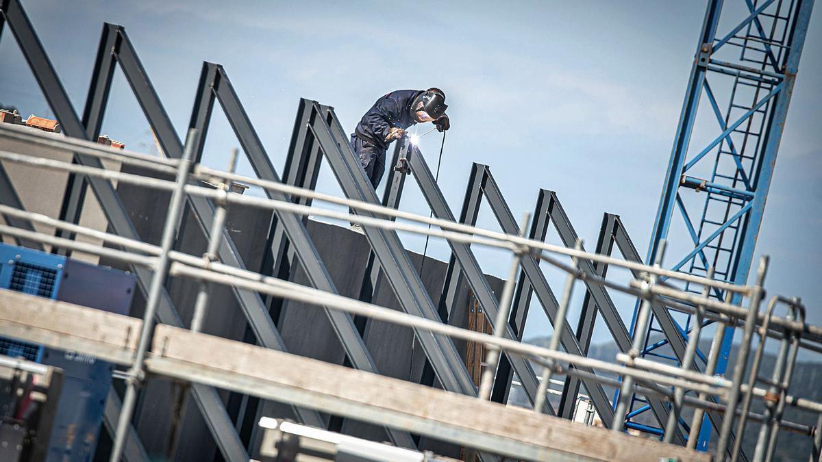 El sector de la construcció és el que ha tingut millor evolució el darrer any a Girona