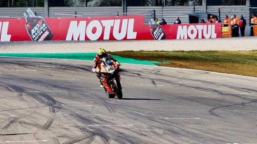 Bautista logra en Assen su décima victoria en diez carreras de Superbikes