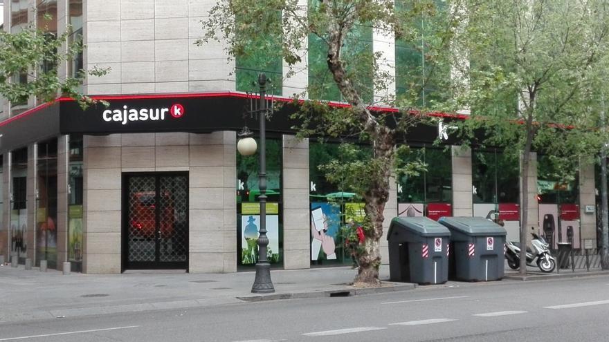 Cajasur obtiene un beneficio de 11,1 millones de euros en el primer semestre