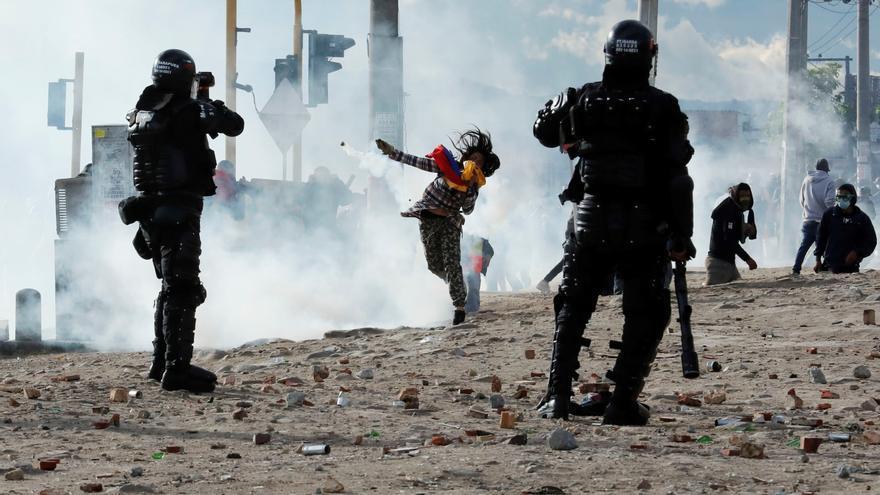 Decenas de afectados y heridos en los disturbios en Bogotá