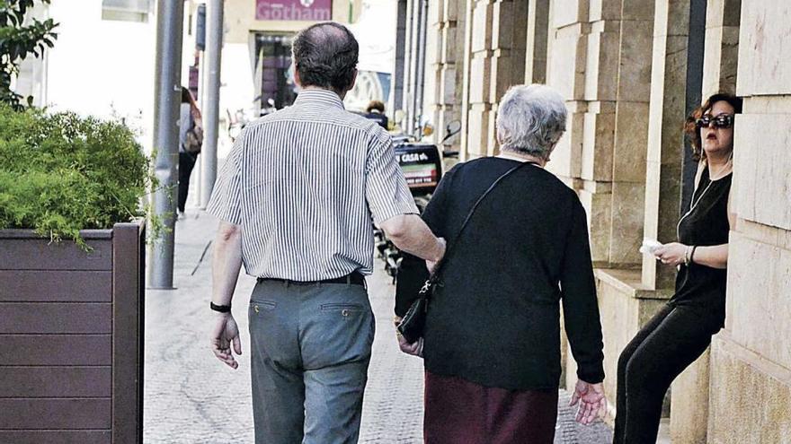 Pagarán 327.000 euros al año en fármacos a pensionistas que ganan más de 100.000