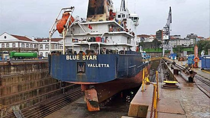 El armador del 'Blue Star' decide desguazarlo por el alto coste del arreglo