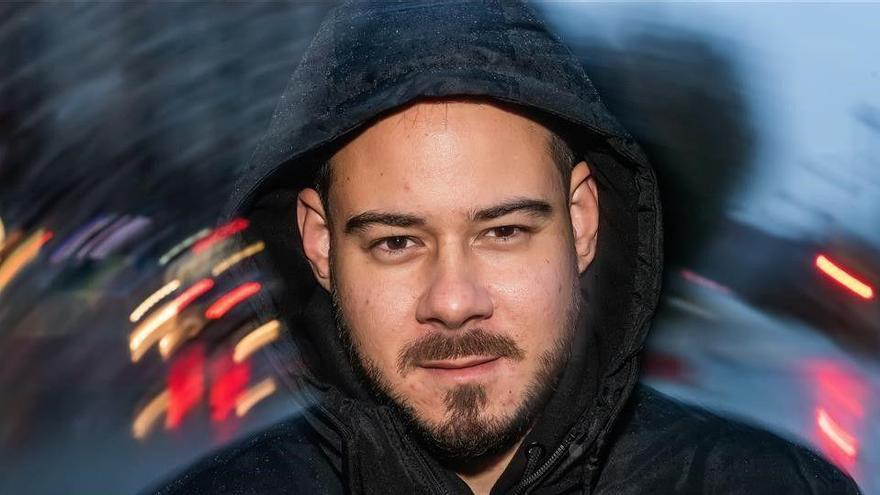 Pablo Hasel suma 16 mesos de presó més per no pagar les multes de la sentència