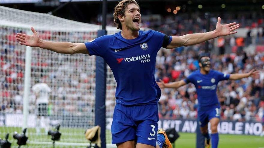 Un doblete de Alonso revive al Chelsea