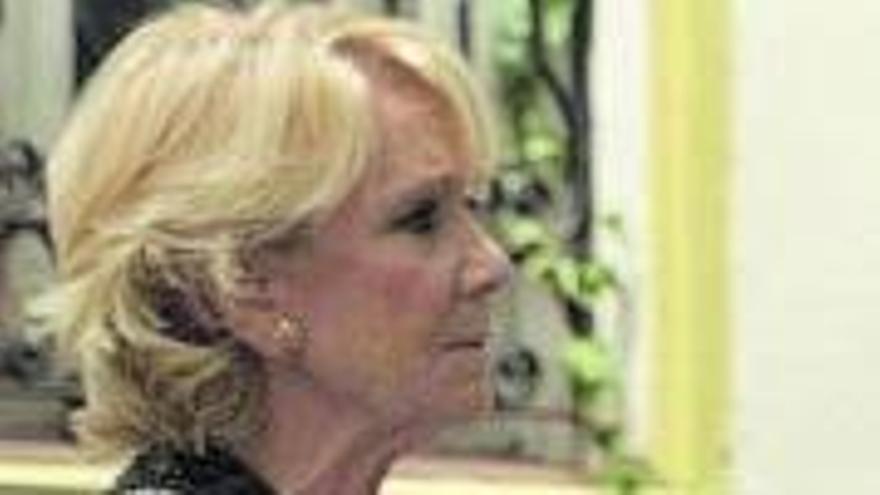 """Esperanza Aguirre planta a Gonzo en """"Salvados"""""""
