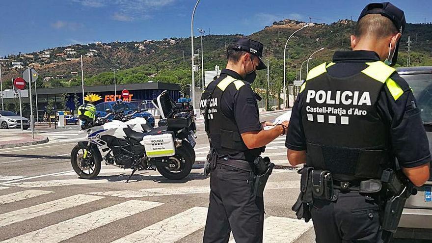 Un lladre multireincident es fa passar per un turista per evitar la detenció