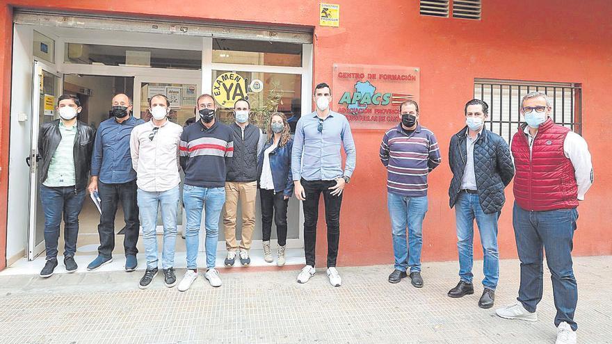 Las autoescuelas de Castellón hacen parada en 'La Panderola'