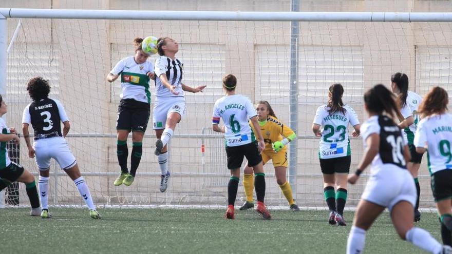 El Elche Femenino pierde en Almassora y cae a la tercera plaza