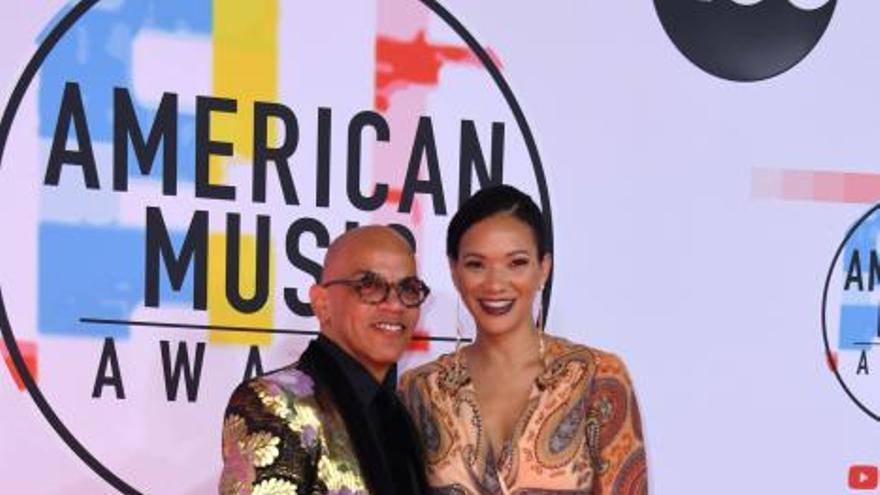 Los impresionantes looks de los American Music Awards