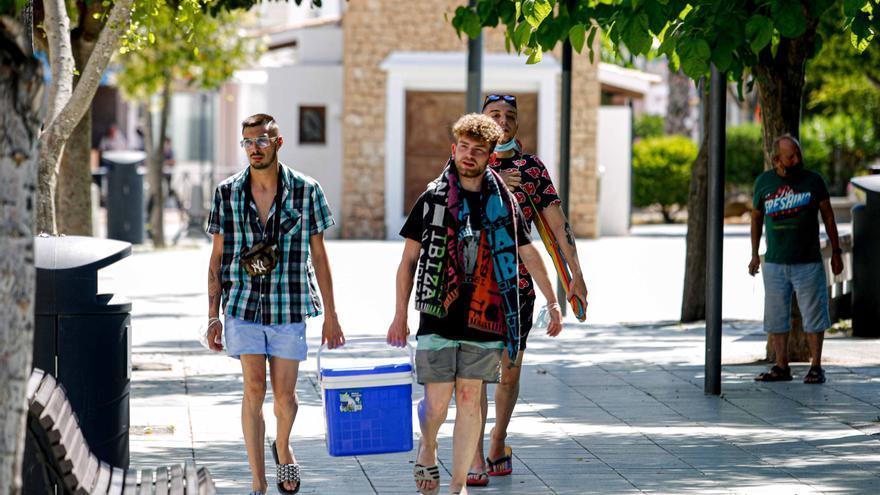 Reino Unido podría sacar hoy a Baleares de la lista ámbar y reactivar el turismo británico