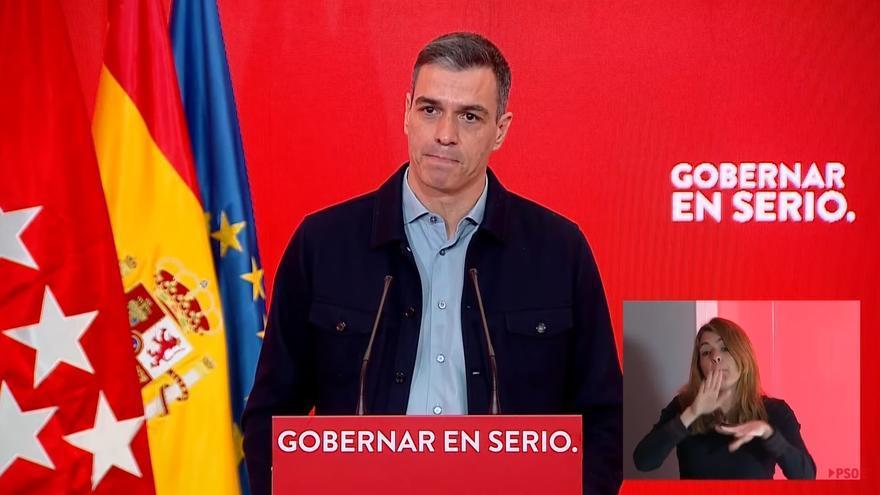 """Sánchez acusa a Ayuso de """"enredar y sembrar dudas"""" sobre la vacunación"""