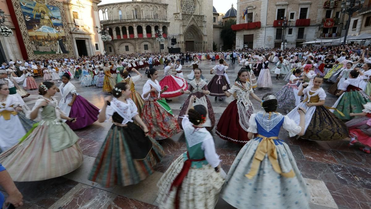 """El ayuntamiento rescatará la """"dansà"""" cuando se celebre la fiesta de la Mare de Déu"""