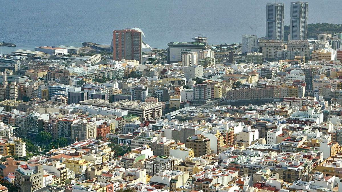 Vista panorámica de la capital tinerfeña.