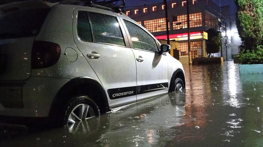 Al menos 16 muertos por la inundación de un hospital tras las fuertes lluvias en México