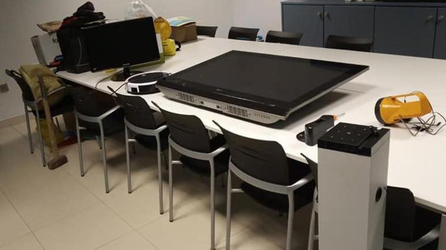 Los agentes recuperaron los objetos robados en la urbanización Nova Almenara