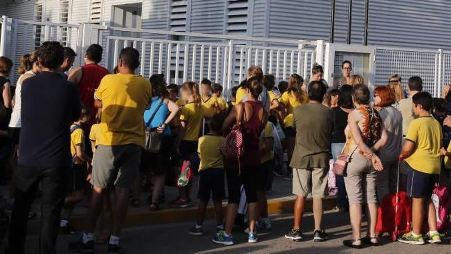 El colegio Gloria Fuertes pide aire acondicionado