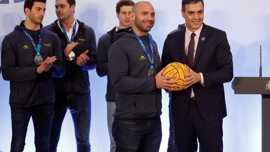 Los Reyes y Sánchez reciben a las selecciones de waterpolo