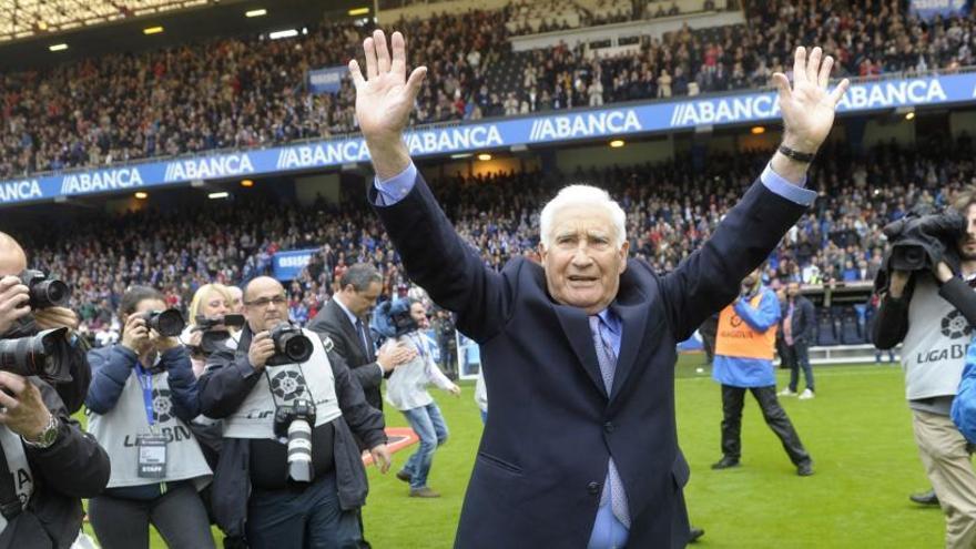 Arsenio Iglesias recibirá mañana el título de Hijo Adoptivo de A Coruña