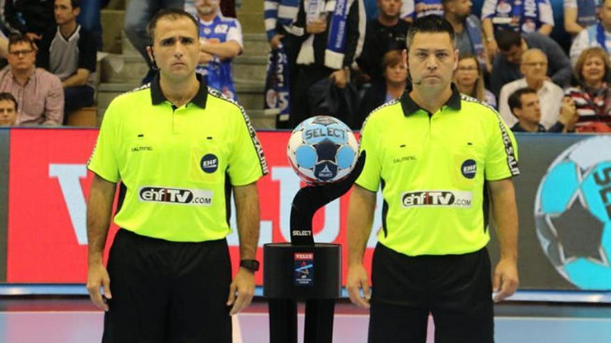 Óscar Raluy y Ángel Sabroso, mejor pareja arbitral de la temporada