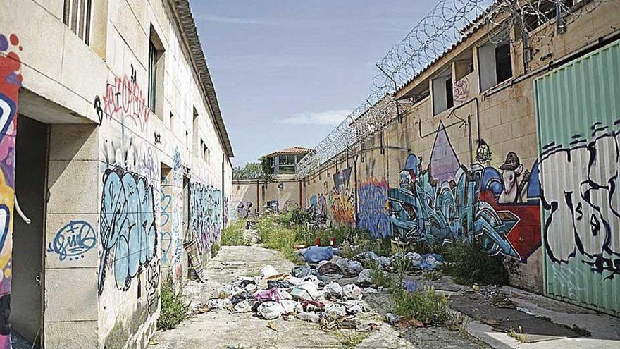 Detenida por apuñalar a un hombre en la cárcel vieja de Palma