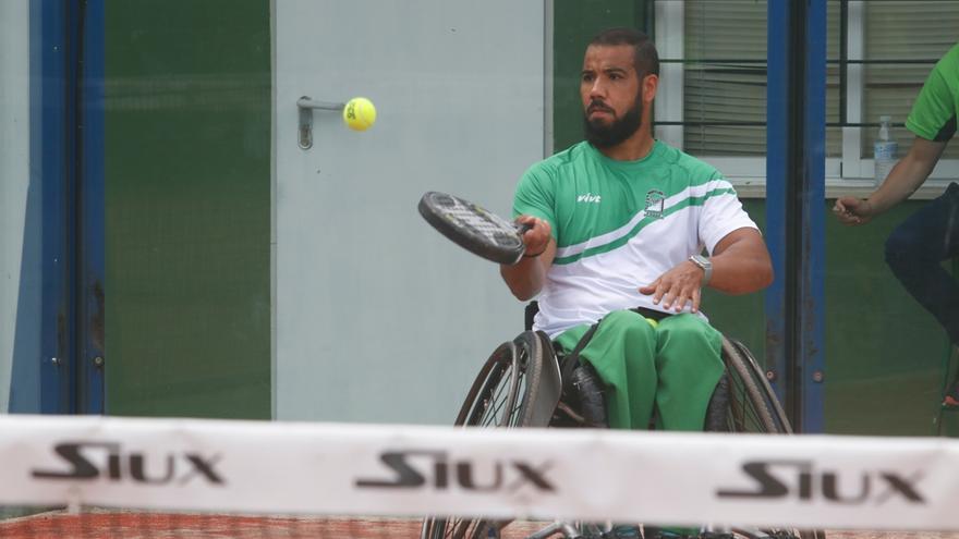 Madrid conquista el título nacional de pádel en silla en Córdoba