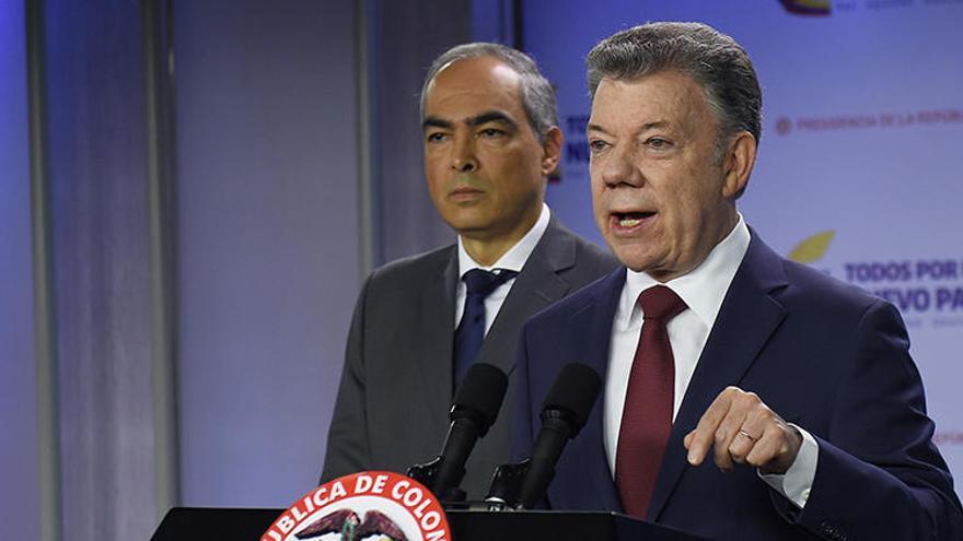 Santos suspende el diálogo con el ELN tras un ataque