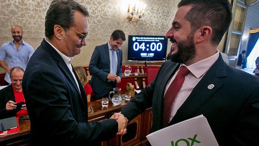 El bipartito negocia con la oposición proyectos para los «ahorros» municipales