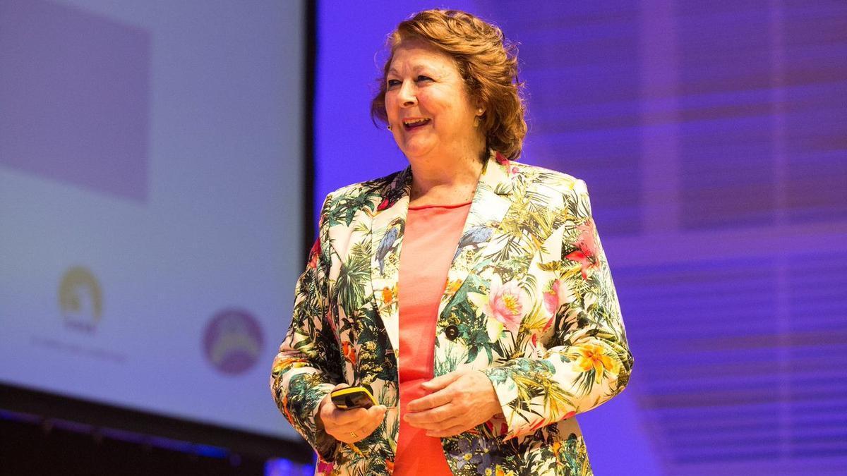 La psicóloga Begoña Ibarrola durante su ponencia en Gestionando Hijos en una edición anterior.