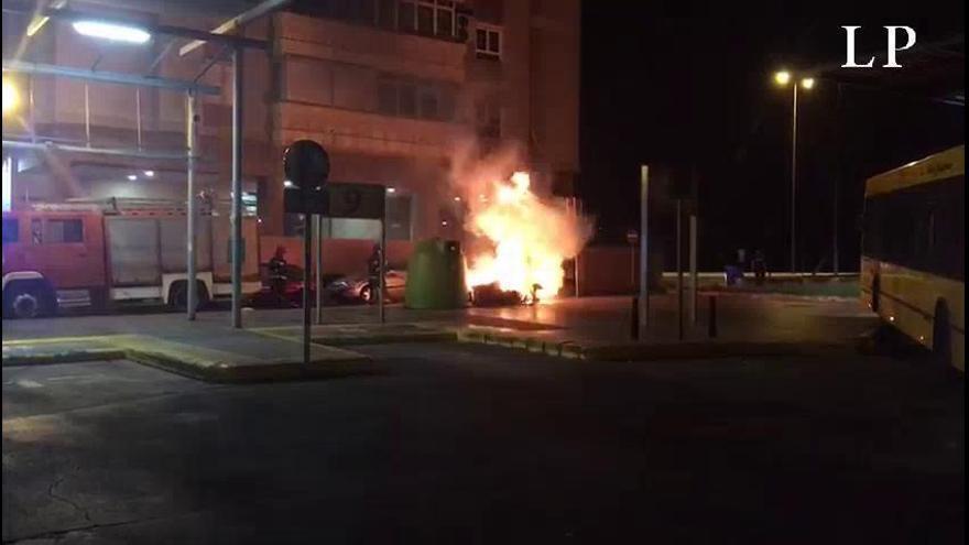 Incendio de un contenedor en la capital grancanaria