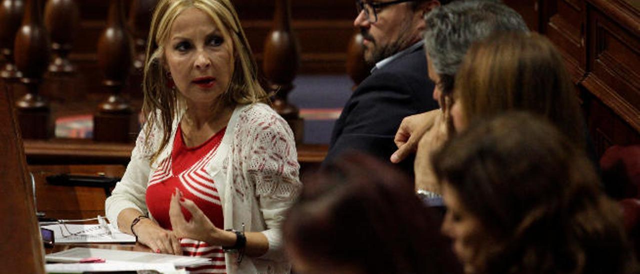 La bancada del PP ayer, durante el debate plenario.
