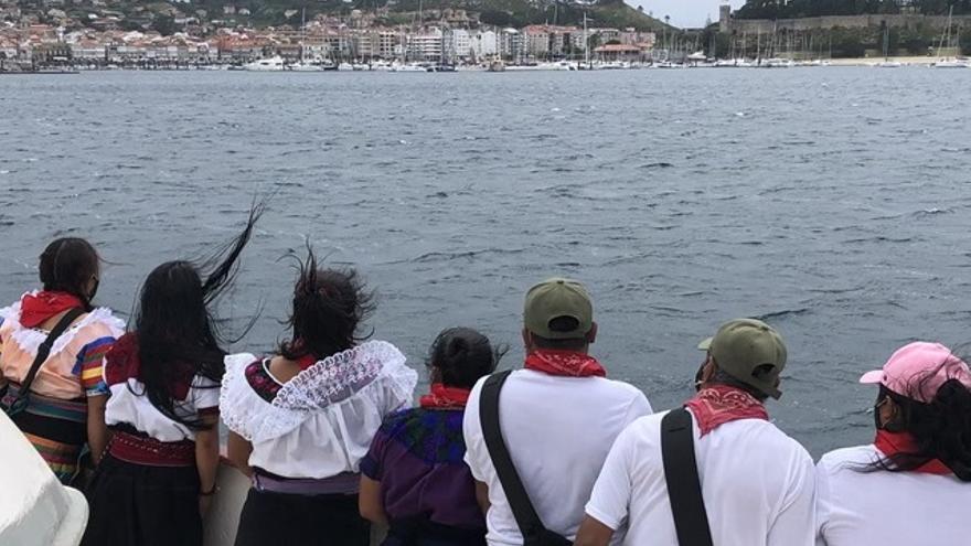 Los zapatistas culminan en Baiona 50 días de navegación
