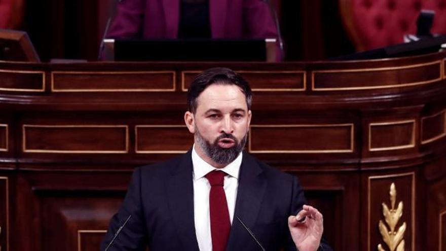 Abascal apela al PP y promete convocar elecciones si la moción prospera