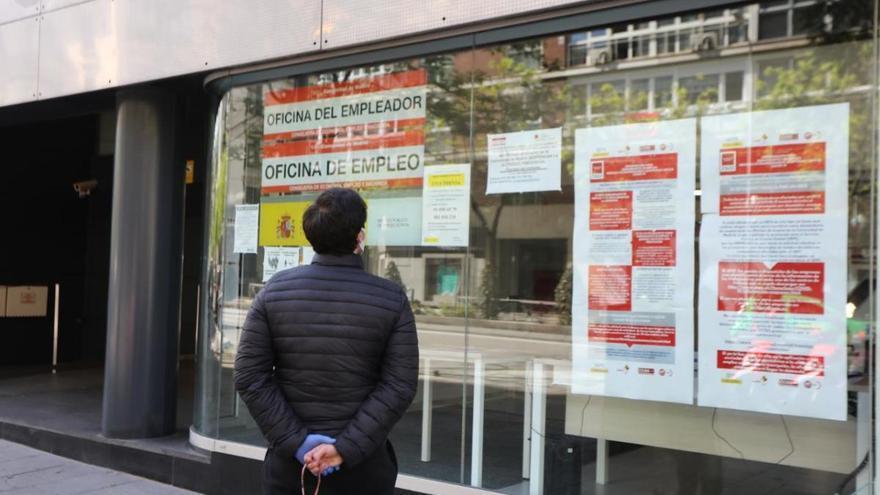 Els bancs anticiparan el pagament de les prestacions per desocupació