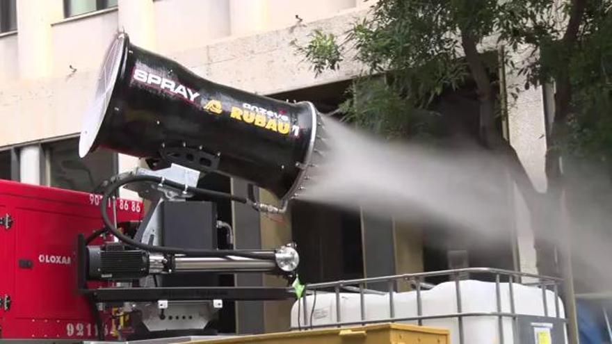 Girona desinfecta els espais públics amb canons aeronebulitzadors