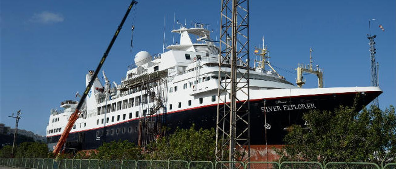 La remodelación de un crucero de lujo moviliza a 500 trabajadores en La Luz